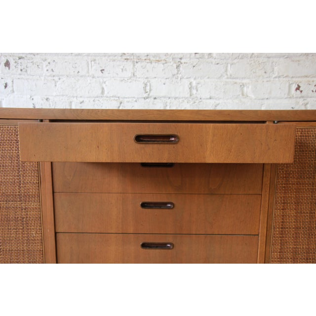 Brown Mid-Century Modern Woven Front Credenza by Founders For Sale - Image 8 of 11