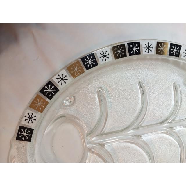 Vintage Inland Glass Atomic Starburst Meat Platter For Sale - Image 4 of 7