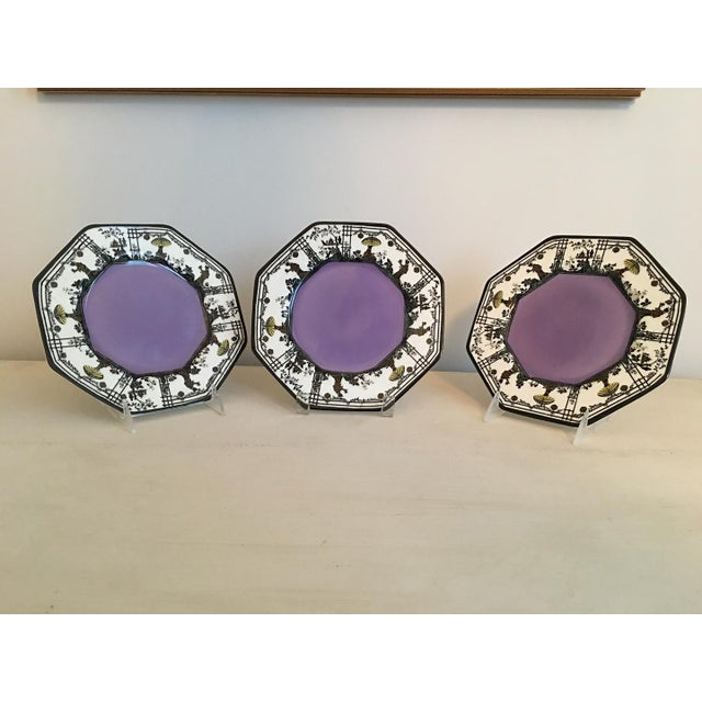 Wedgwood Vintage Wedgwood Silhouette Plates - Set of 3 For Sale - Image 4 of 5
