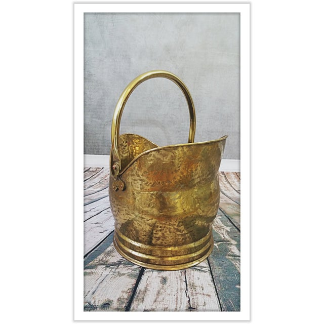 Vintage English Hammered Brass Fireplace Bucket - Image 6 of 11