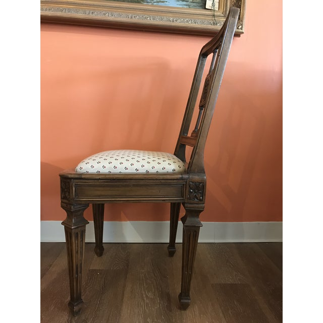 19th Century Walnut Side Chairs - a Pair For Sale - Image 11 of 12