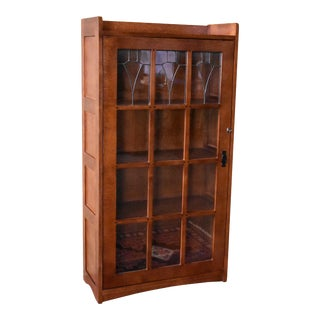 Crafters and Weavers Mission Leaded Glass Bookcase With Lock & Key For Sale