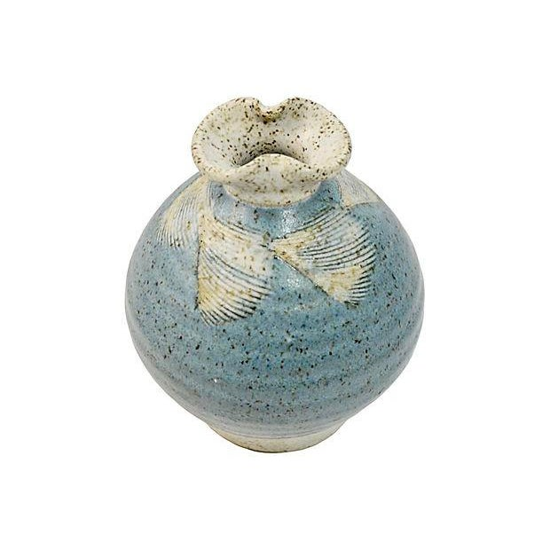 Contemporary 1970s Vintage Blue Feather Studio Art Pottery Vase For Sale - Image 3 of 6