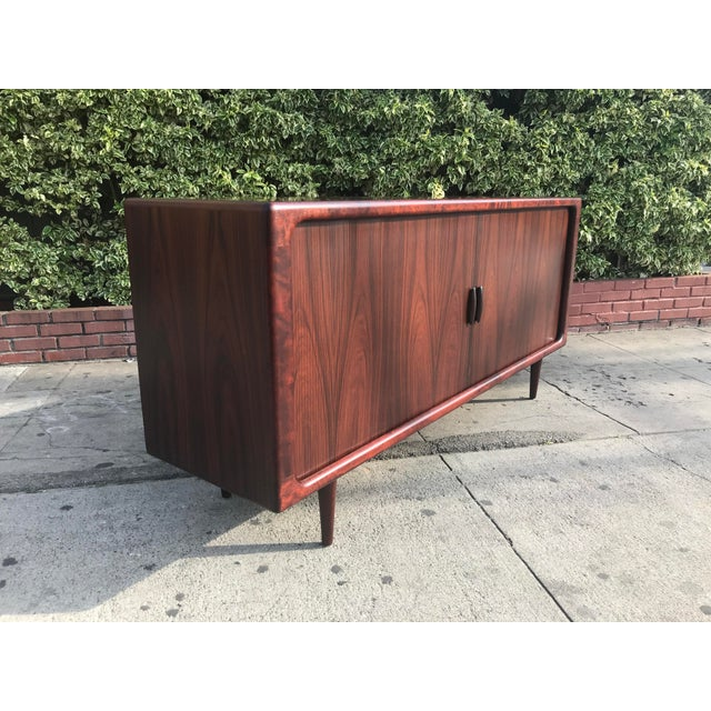 Mid-Century Modern Dyrlund Mid-Century Rosewood Credenza For Sale - Image 3 of 11