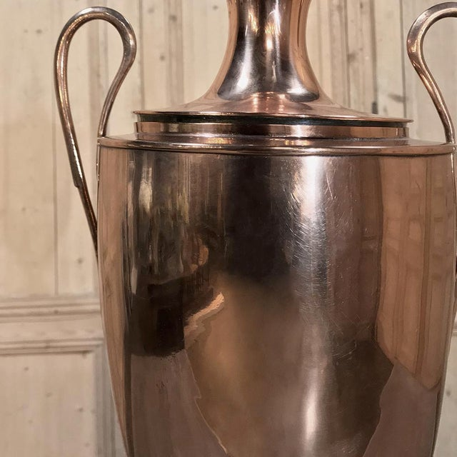 19th Century Copper & Brass Tea Server For Sale - Image 4 of 11