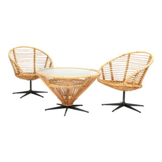 1960s Vintage Bamboo and Rattan Swivel Chairs and Coffee Table For Sale
