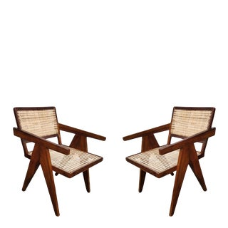 Chandigarh. Reedition Pierre Jeanneret. Student chair model For Sale