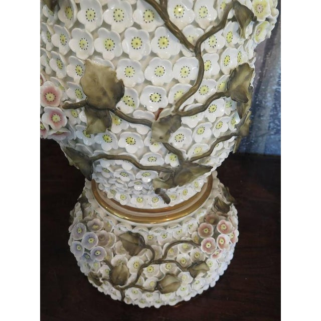 German Schneeballen Porcelain Covered Lamps - a Pair For Sale - Image 9 of 11