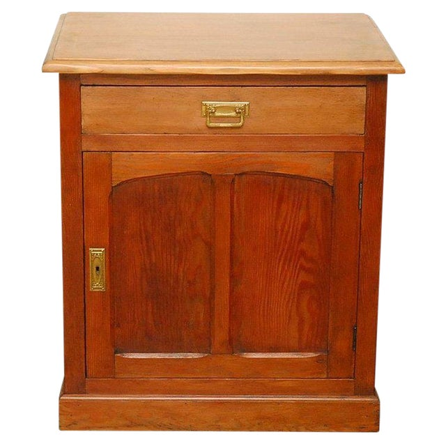 1910s Traditional Style Pine Cabinet For Sale