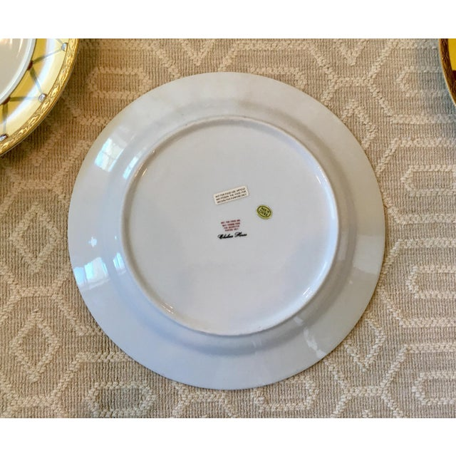 Green Chelsea House Decorative Tropical Bird Parrot Plates - Set of 8 For Sale - Image 8 of 10