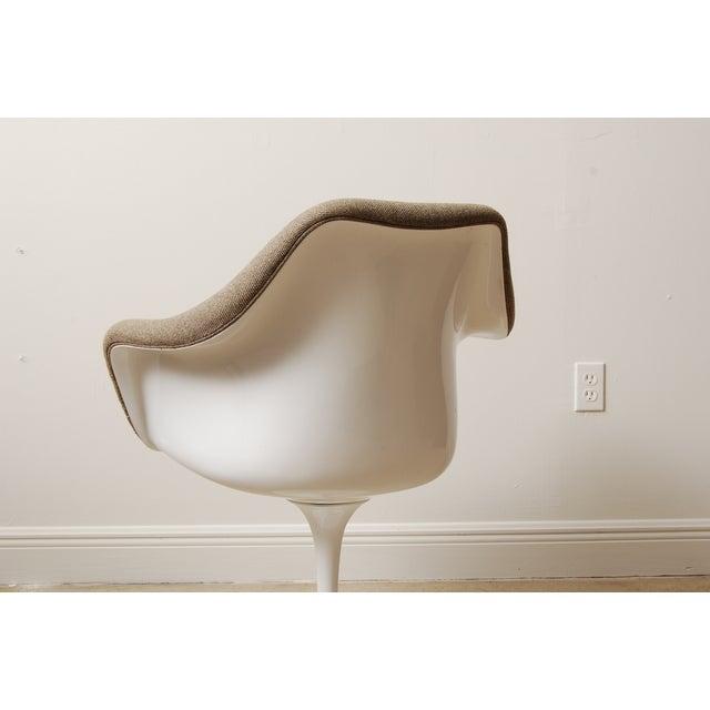 Knoll Mid-Century Eero Saarinen Style Tulip Chairs - Set of 4 For Sale - Image 4 of 6