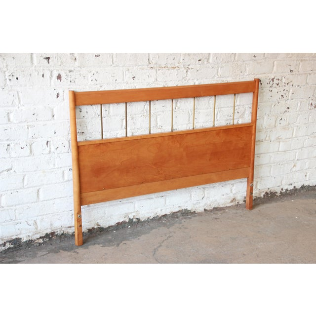 Mid-Century Modern Paul McCobb Planner Group Birch Full Size Headboard For Sale - Image 3 of 7