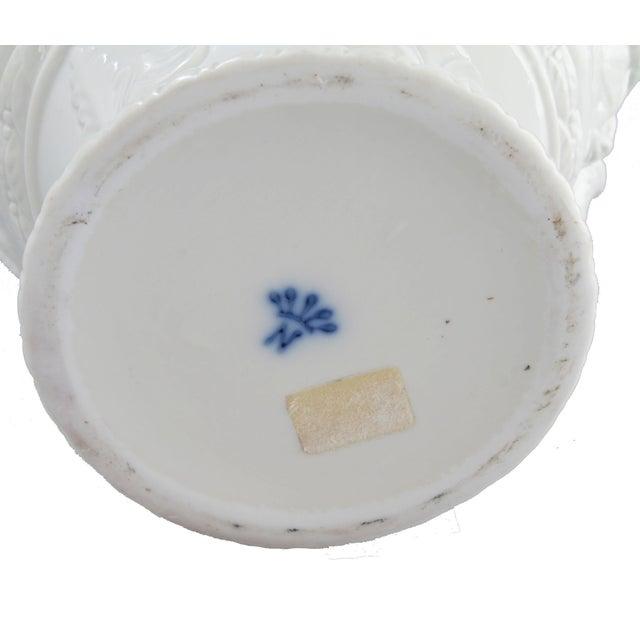 White Capodimonte Italian Porcelain Urn For Sale In Miami - Image 6 of 10