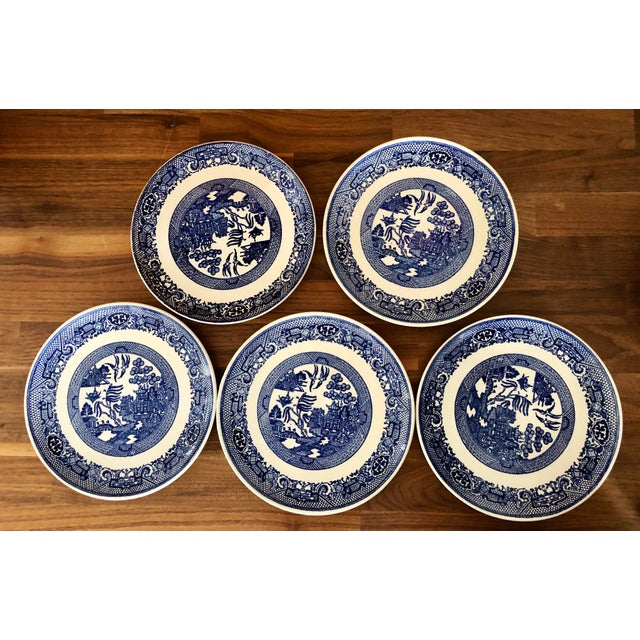Mid 20th Century Blue Willow Transfer Ware Serving Pieces and Plates- Set of 7 For Sale - Image 5 of 8