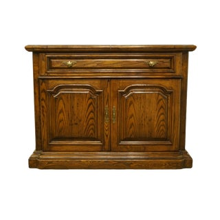 Bernhardt For Hibriten Oak Italian Tuscan Style Sideboard For Sale