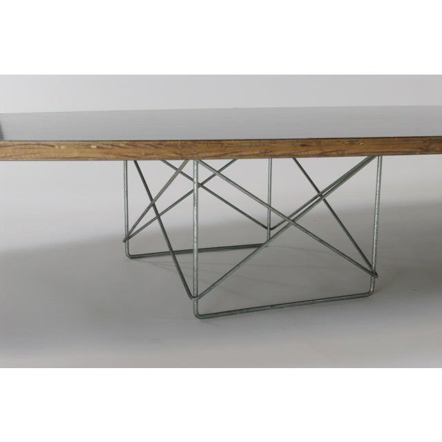 "1950s Eames Elliptical ""Surfboard"" ETR Coffee Table For Sale - Image 5 of 11"