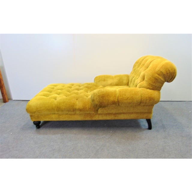 Schumacher Regency Style Yellow Tufted Chaise Lounge For Sale In Philadelphia - Image 6 of 9