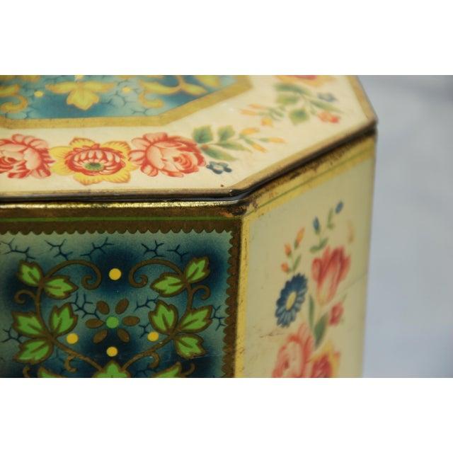 Vintage Octagonal Floral Tin - Image 4 of 7