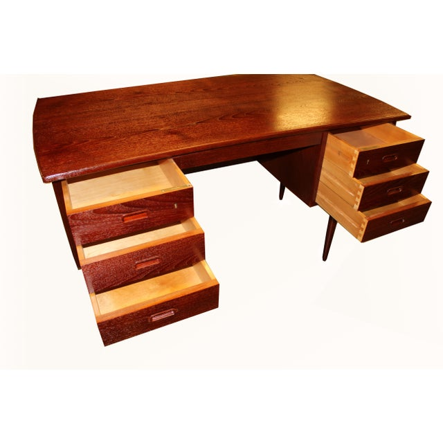 1960s Danish Mid-Century Rosewood Desk with Curved Top - Image 4 of 8