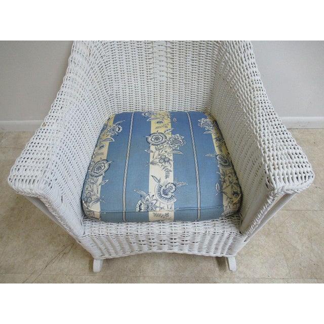 Antique Wicker Outdoor Patio Rocking Chair - Image 4 of 7