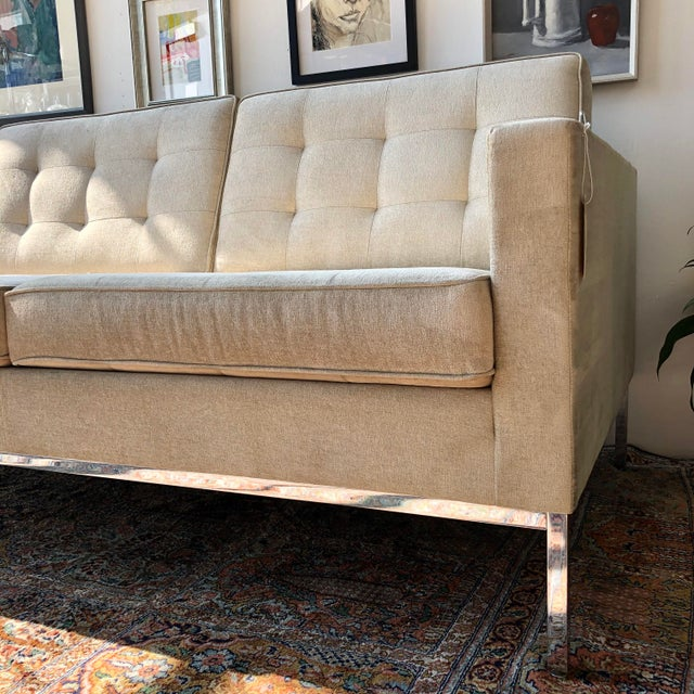 2020s Mid Century Modern Florence Knoll Boucle Sofa For Sale - Image 5 of 6