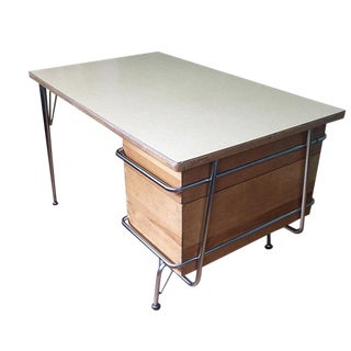 1950s Scandinavian Heywood Wakefield Trimline Teachers Desk For Sale