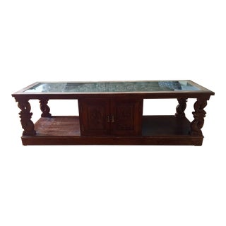 20th Century Chinese Carved Wood Coffee Table With Glass Top For Sale
