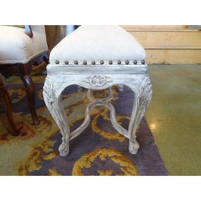 French Louis XIV Style Painted Bench For Sale - Image 5 of 8