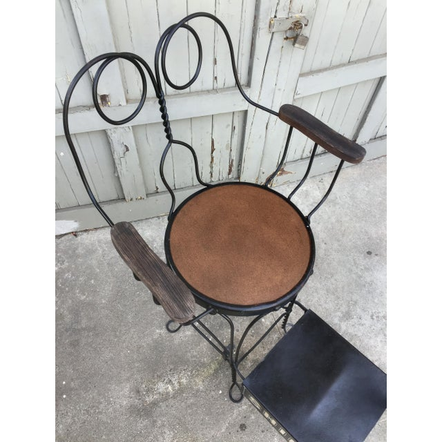 1900 - 1909 Antique Twisted Iron Shoe Shine Stand For Sale - Image 5 of 7