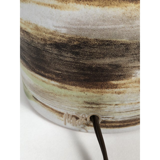 Mid-Century Modern Martz Hand Painted Art Pottery Lamps - a Pair For Sale - Image 10 of 11