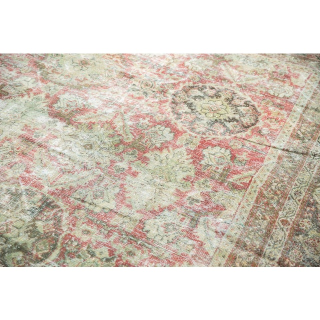 "Textile Vintage Distressed Mahal Carpet - 10'5"" X 13'11"" For Sale - Image 7 of 13"