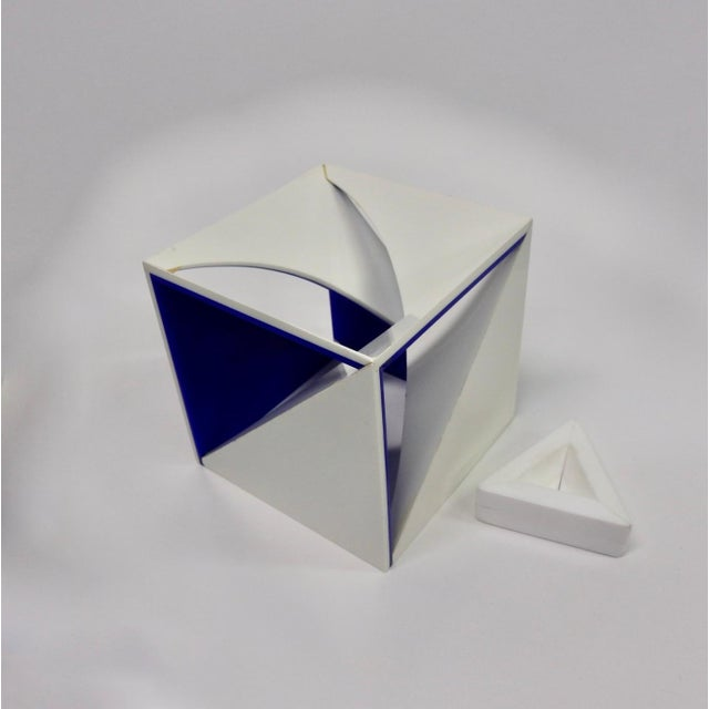 Mid 20th Century Blue and White Desk Top Lucite Cube Geometric Sculpture For Sale - Image 5 of 10