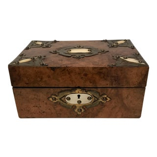 Early 20th Century Antique Burled Wood Box For Sale