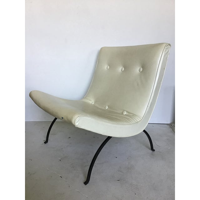 Mid-Century Modern Vintage Milo Baughman Iron Leg Scoop Lounge Chair For Sale - Image 3 of 11