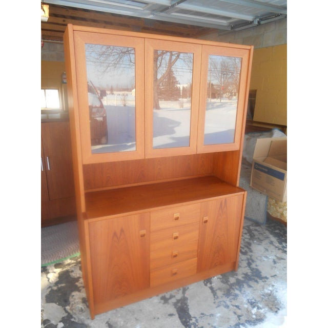 Brown Mid-Century Danish Modern Two Piece China Display Cabinet For Sale - Image 8 of 10