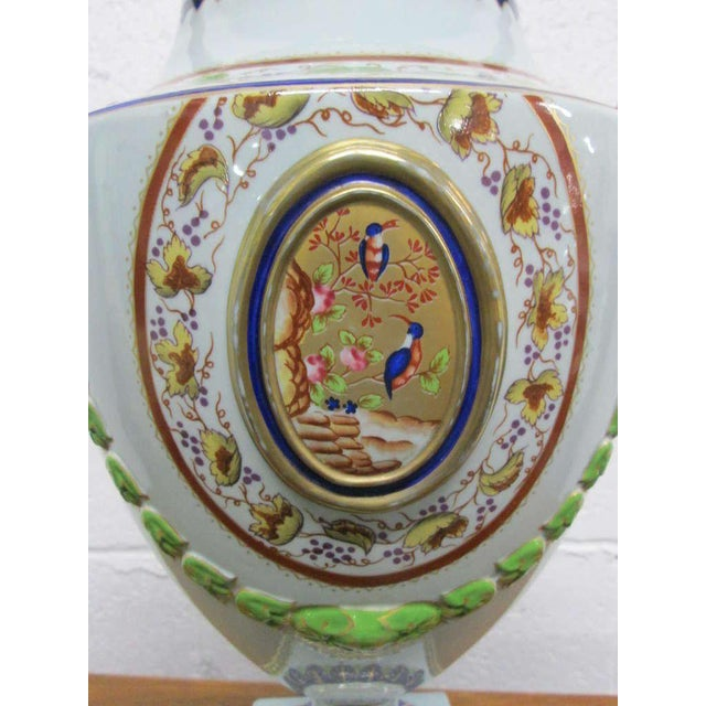 Pair of Hand-Painted Italian Style Porcelain Lamps For Sale - Image 4 of 6