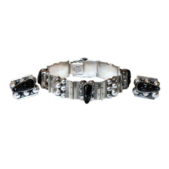 1940s Sterling and Onyx Mask Bracelet and Earring Set, C.1940's For Sale - Image 5 of 5