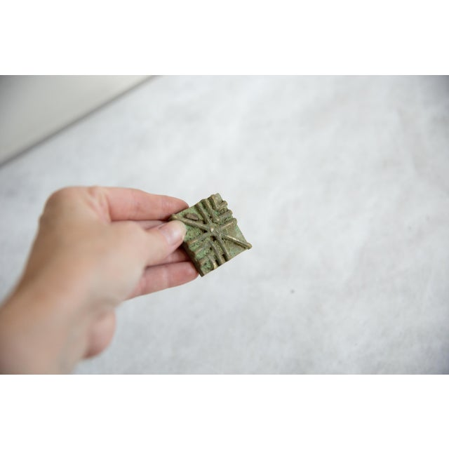 African Vintage African Square Oxidized Bronze Coin For Sale - Image 3 of 5