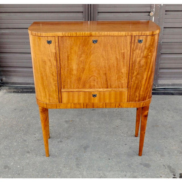 Art Deco 1940s Art Moderne Secretary Desk and Dry Bar in Honduran Mahogany For Sale - Image 3 of 13