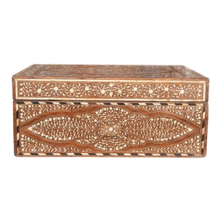 Elegant Anglo-Indian Mankolam Bone Inlaid Box For Sale