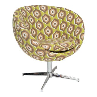 Overman Style Pod Swivel Chair with Nickel Base For Sale