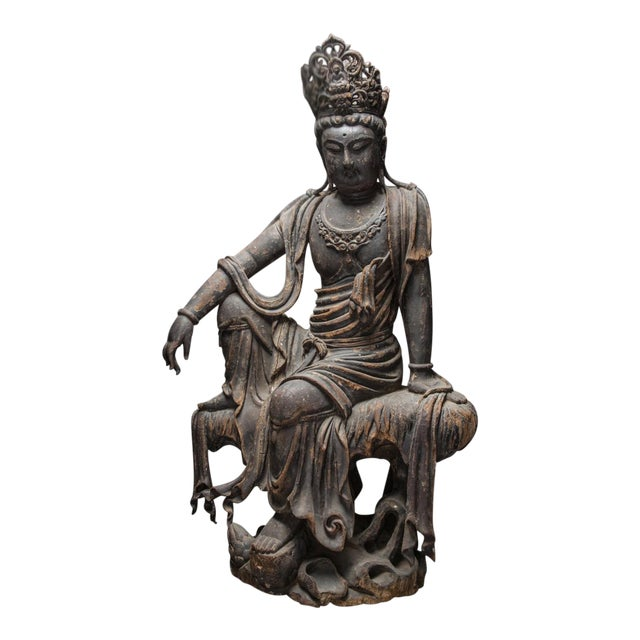 Wooden Sculpture of the Bodhisattva Guanyin For Sale