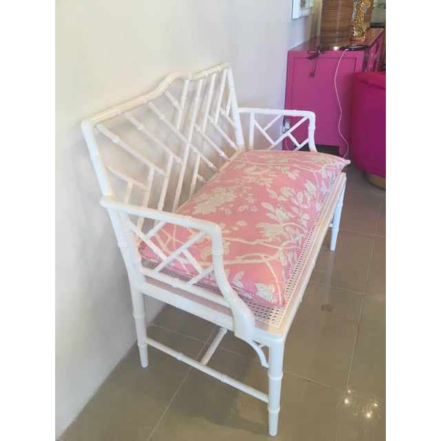 Asian Chinese Chippendale Faux Bamboo Lacquered Pink Cushion Arm Bench For Sale - Image 3 of 12