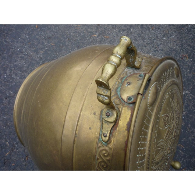 Antique Brass Coal Scuttle - Image 7 of 7