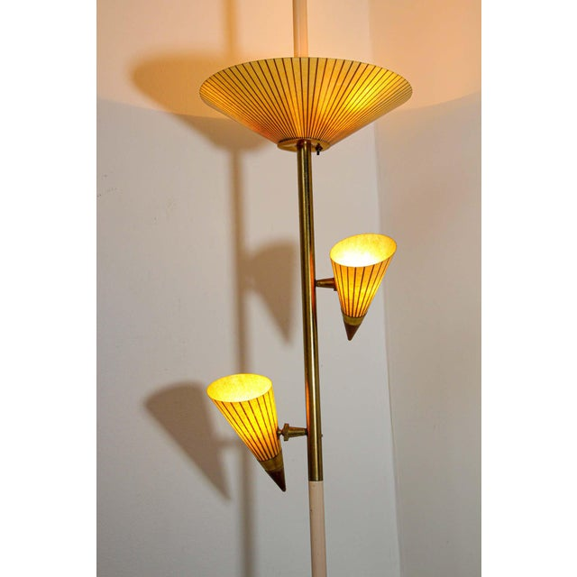 Mid-Century Modern 1950s Adjustable Vintage Three Shades Extension Pole Lamp by Gerald Thurston For Sale - Image 3 of 13