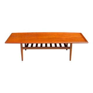 Mid Century Danish Modern Coffee Table For Sale