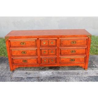1960s Vintage Thomasville 9-Drawer Dresser Preview