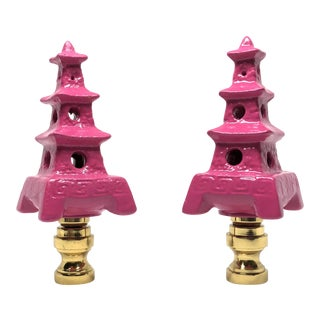 Hollywood Regency Hot Pink Porcelain Pagoda Lamp Finials - a Pair For Sale