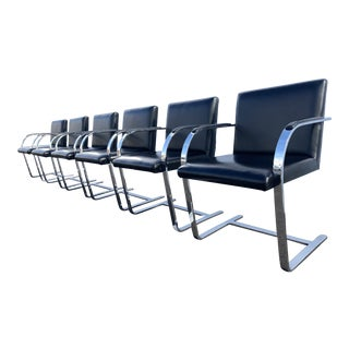 Brno Flat-Bar Chairs in Black Leather and Chrome Ludwig Mies Van Der Rohe for Knoll - Set of 6 For Sale