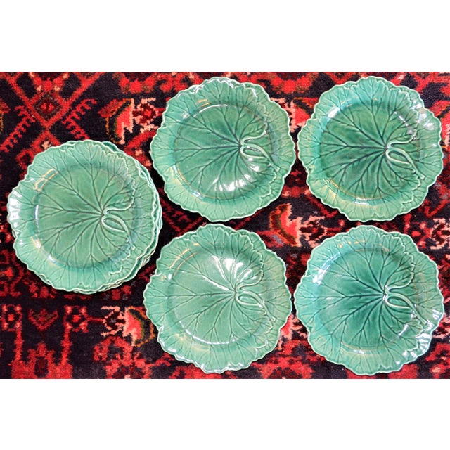 Green 1950s English Traditional Wedgwood Majolica Plates - Set of 5 For Sale - Image 8 of 9